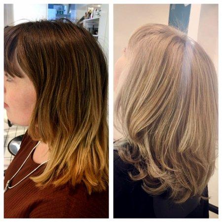 From dark blonde to light blonde by the kliniks graduate stylist Leyla using Olaplex