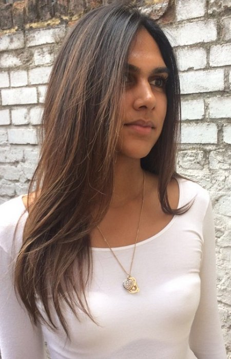 A summer balayage toned down to creat a more subtle tone on the ends and looking a bit more natural for autumn by Thea at the klinik hairdressing London