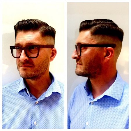 Mark has cut a short skinfade barber cut on his gent at the klinik hairdressing Islington EC1R 4QE