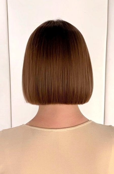Photo of the back of a bob haircut cut by Cinzia at the klinik hairdressing London