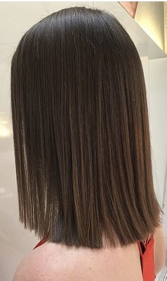 Our graduate stylist Yasmin has created this litle simple trim. Her clients hair was very frizzy and she wanted a smooth sharp finish. The klinik hairdressing London