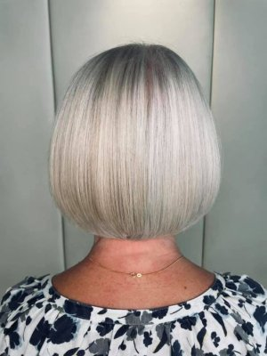 Short white haired bob by Anna at the klinik hairdressing